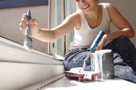 Wer bei der Säuberung und Lagerung der Farb- und Malerutensilien auf folgende Dinge achtet, kann sein Malerwerkzeug lange in gutem Zustand halten.