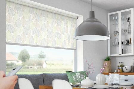 Elektro-Rollo mit Fernbedienung für Küchenfenster